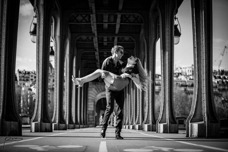 Love Session Paris Pont Bir Hakeim