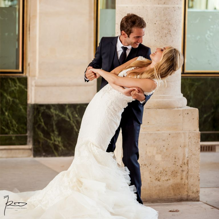Shooting Photo Photographe Professionnel Photographe mariage Juif - Photo couple Palais Royal - Paris