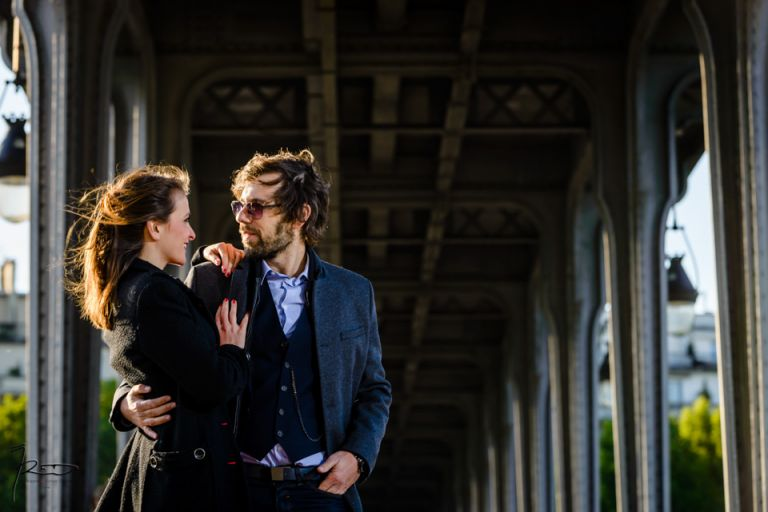 Séance Engagement in Paris. Pre Wedding In Paris. Love Session shooting photo couple Juif à Paris