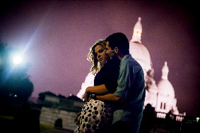 Love Session Paris, photo de couple amoureux avant le mariage