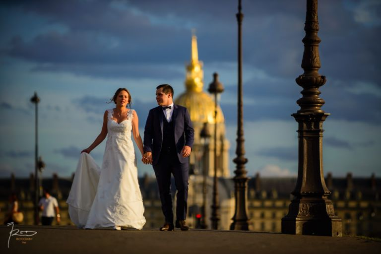 Photo de mariage à Paris pont Alexandre III.